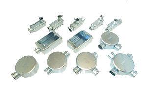 新生金属工業株式会社電線管付属品